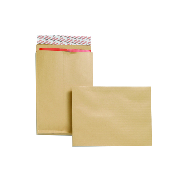 New Guardian C4 Envelopes Gusset Peel/Seal Manilla (Pack of 25) F27666