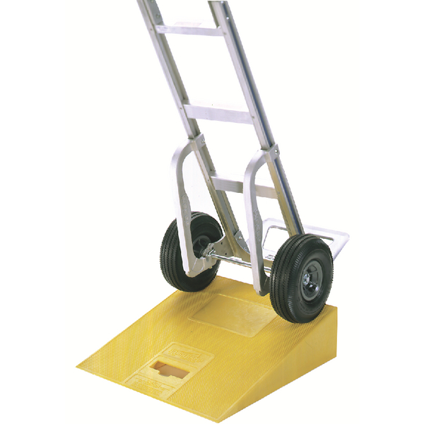 Plastic Kerb Ramp Yellow (597 x 546 x 152mm, 270kg Capacity) 380025
