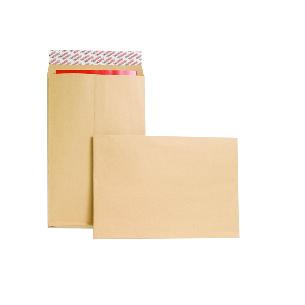 New Guardian Gusset Envelope 381x254x25mm 130gsm Manilla Peel and Seal (Pack of 100) M27466