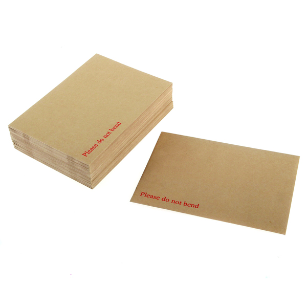 Q-Connect Board Back C3 Envelope 458x324mm 115gsm Manilla Peel and Seal (Pack of 50)
